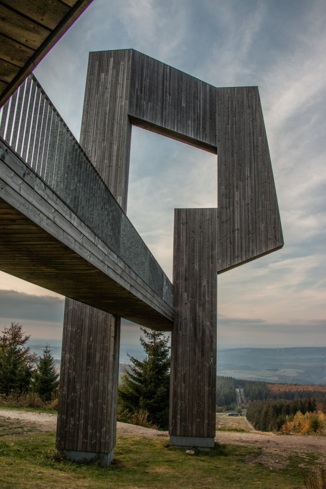 Windklangskulptur Erbeskopf im Hunsrück