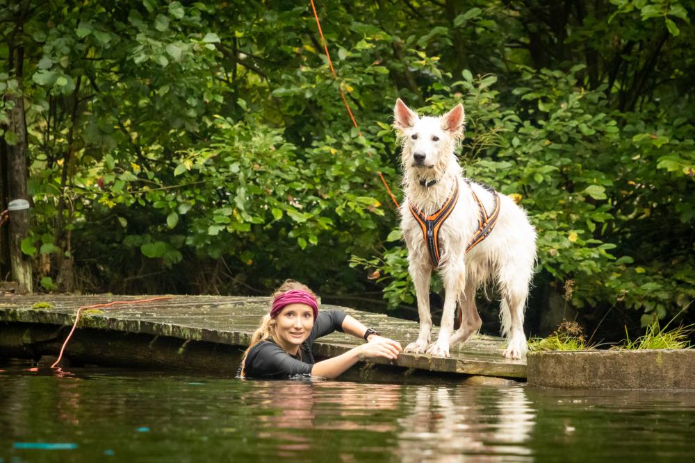 Im See beim Tough Hunter (Foto: Tierische Augenblicke)